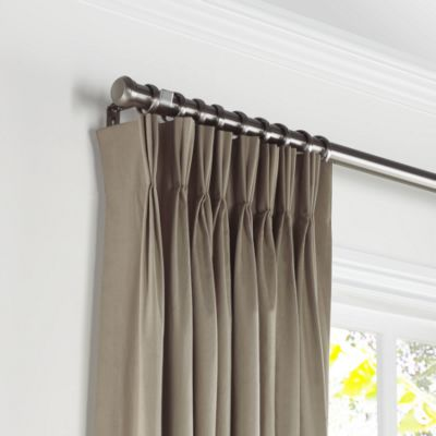 pinch pleat drapes white lightweight linen pleated curtains close up JKZPLYI