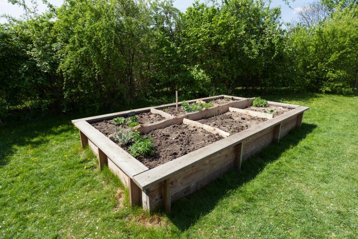 raised bed garden diy raised garden beds QEVEVJJ