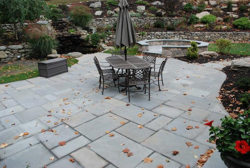 Benefits of laying stone patio – a brief guide