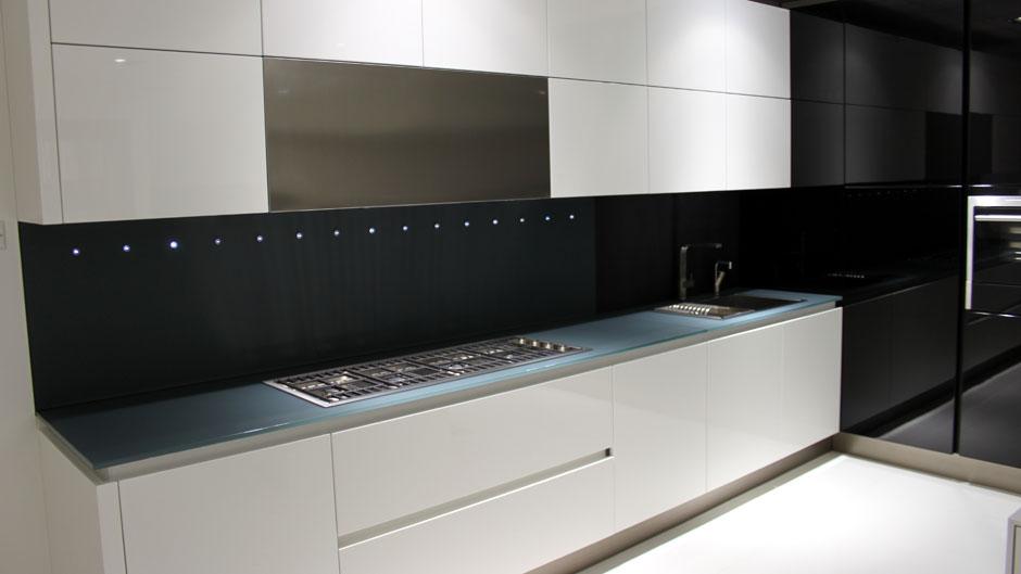 super ex display kitchens OYJVVMC