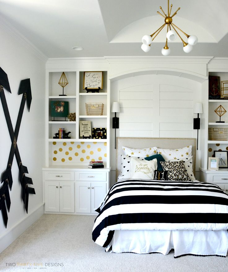 teen girls bedroom ideas pottery barn teen girl bedroom with wooden wall arrows by two thirty~five WPWDRRG