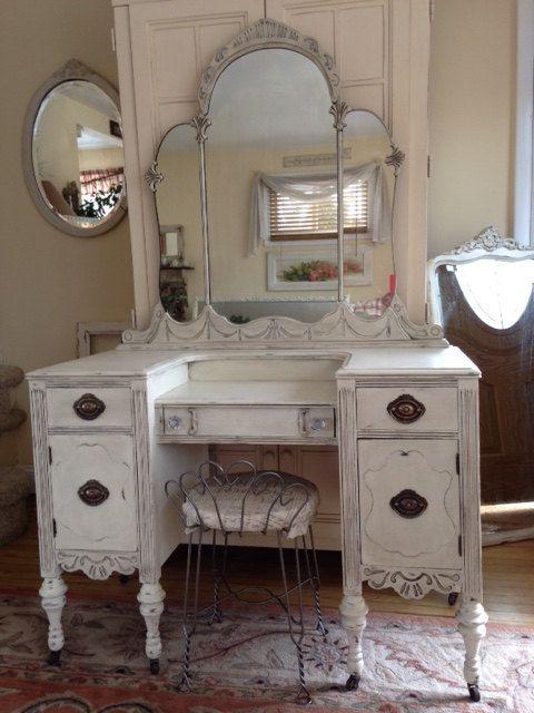 vintage bedroom furniture best 25+ antique bedroom decor ideas on pinterest | vintage door knobs, VAXWBYF