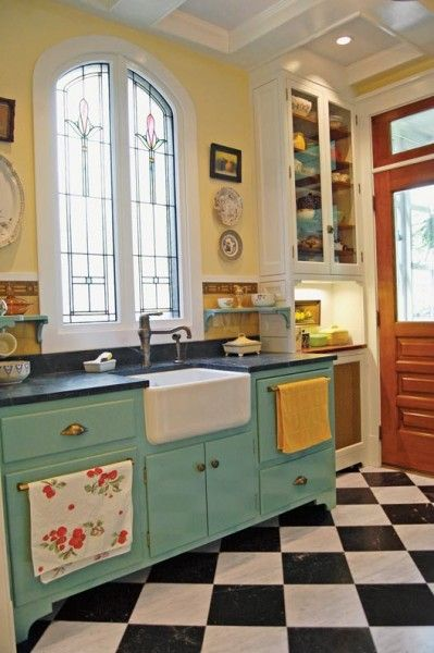 vintage kitchen photo gallery: checkerboard kitchen floors FBVSRQC