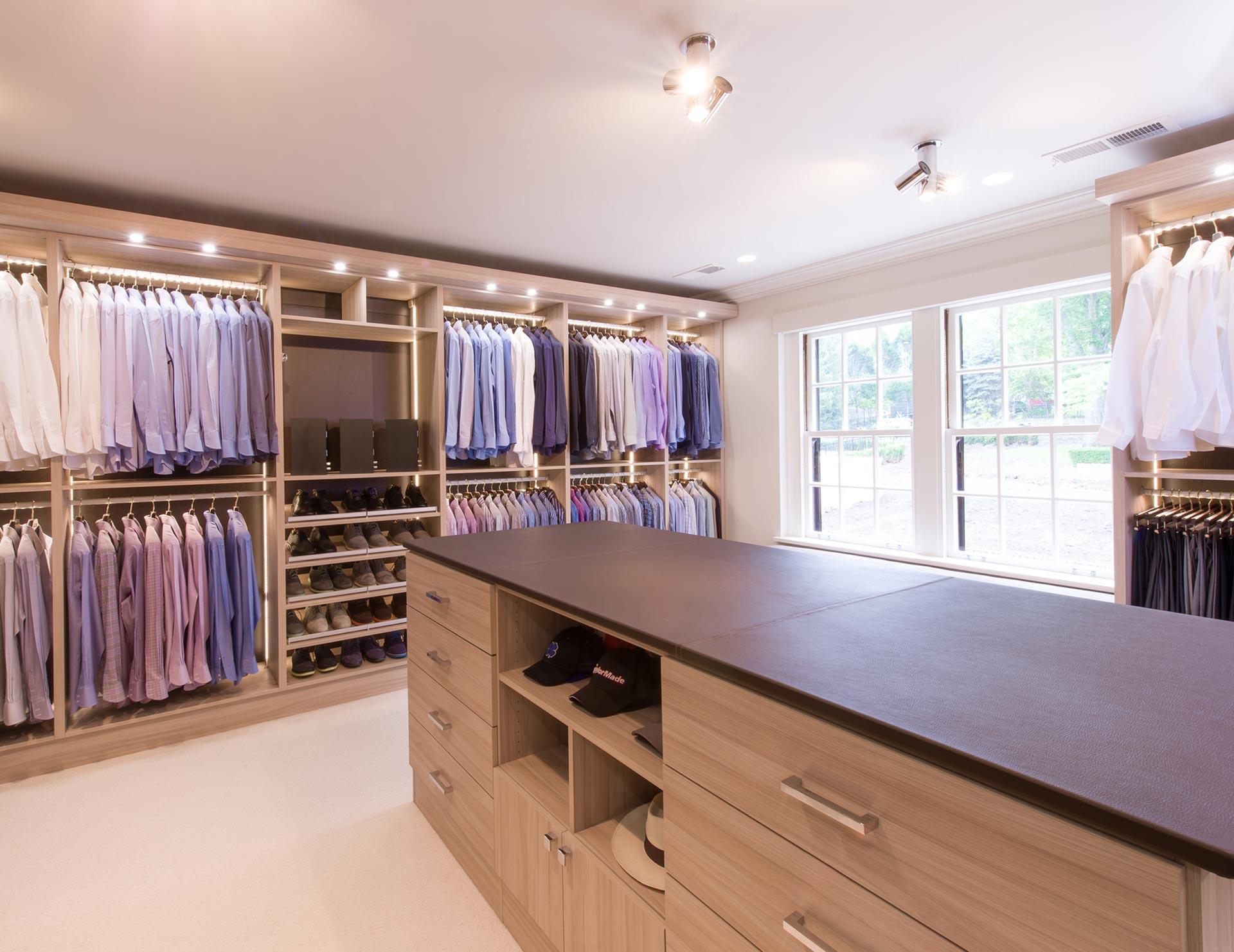 walk in closets california closets - walk-in custom closet GKGAKHI