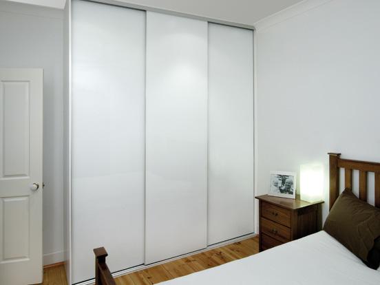 wardrobe sliding doors slidingwardrobedoorswhite4. regency_product_wardrobes_sliding_mirror_2 WCLFFYY
