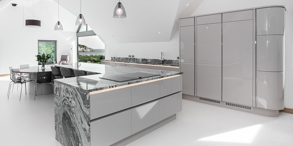 Bespoke Kitchens contemporary kitchens UOFWHXG