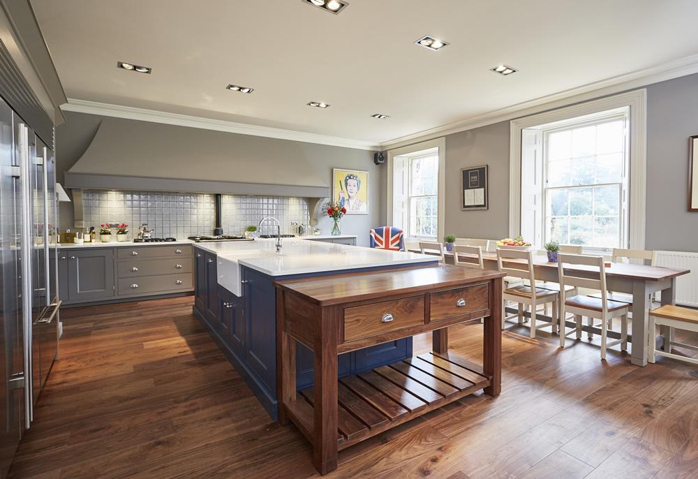 Bespoke Kitchens exquisite bespoke kitchens 3 BUDWYZT