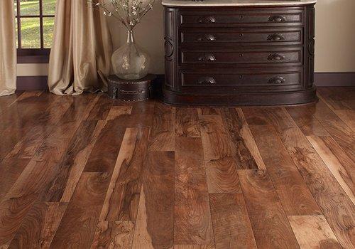 best laminate flooring cons of laminate flooring IRJEWDS