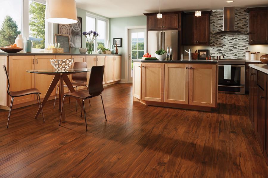 best laminate flooring DGKBWRM