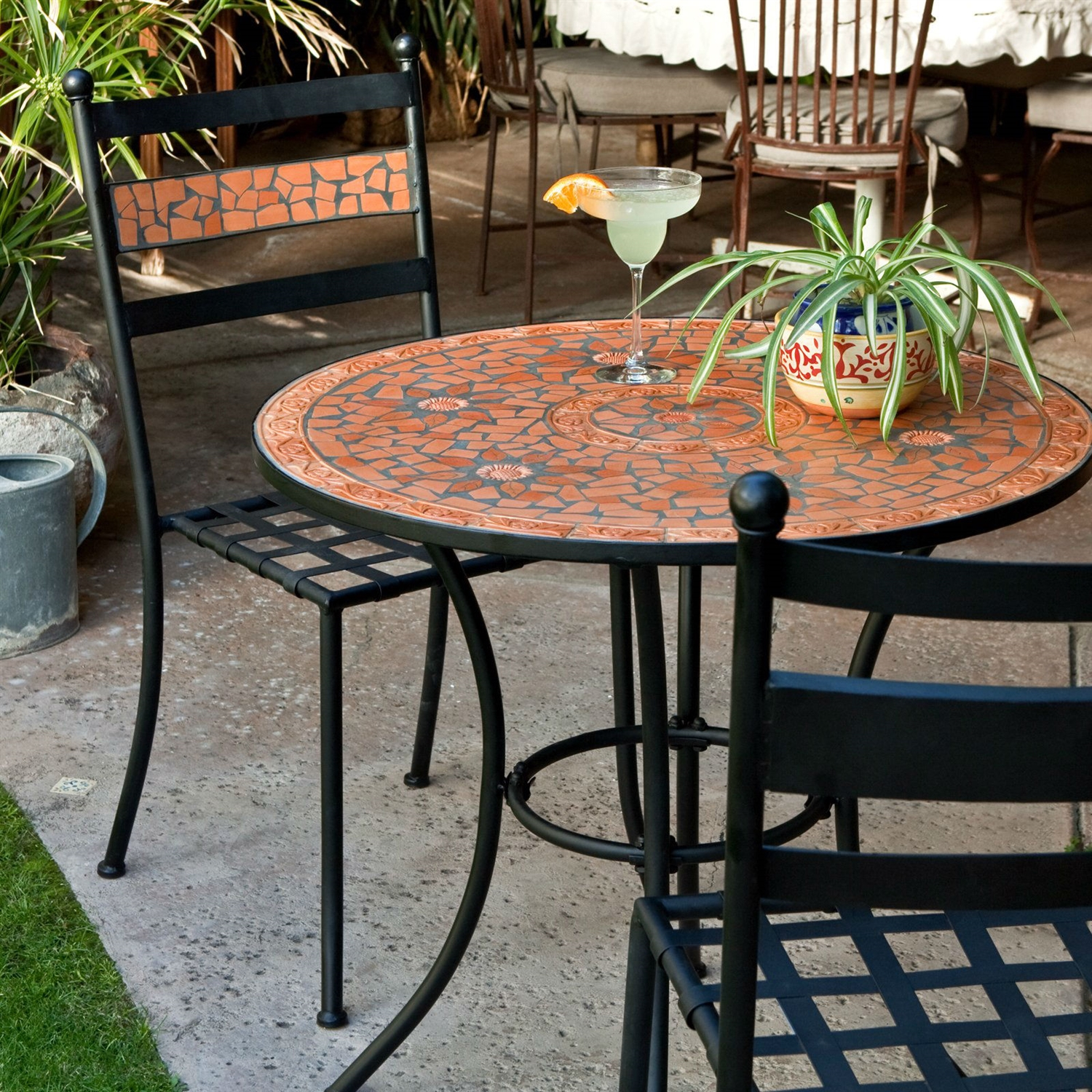 Bistro Sets 3-piece black metal patio bistro set with terra cotta tiles MRXCRMD