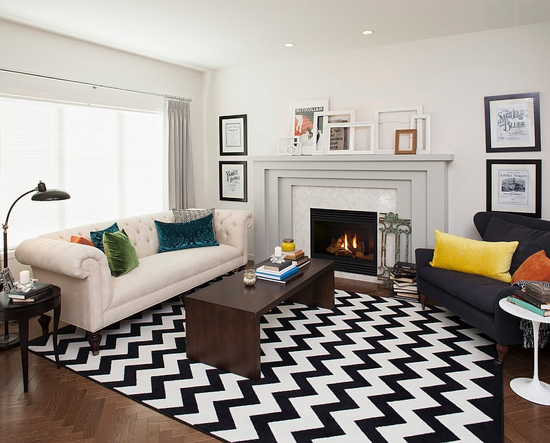 black and white rug decor view in gallery transitional living room with a chevron pattern rug LFNZYAX