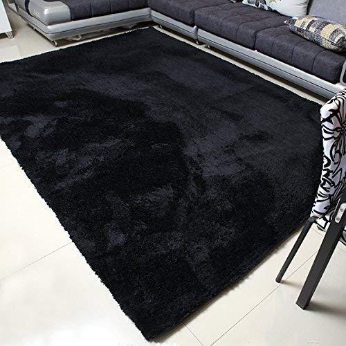 Black rugs are pretty handy: