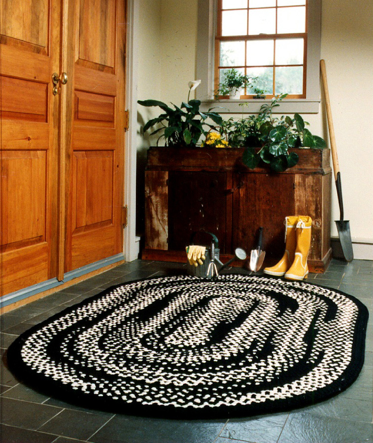 braided rug designs photo courtesy of gayle jeney interiors llc RYFILUX
