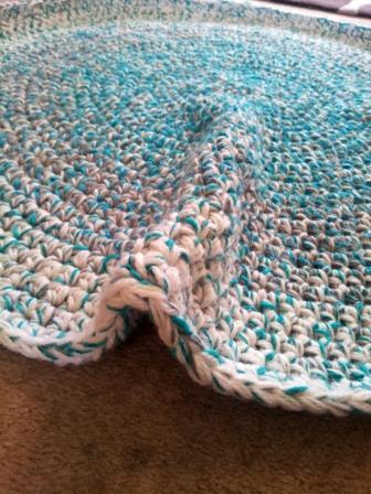 crochet rag rug how to crochet a round rag rug XCWUISF