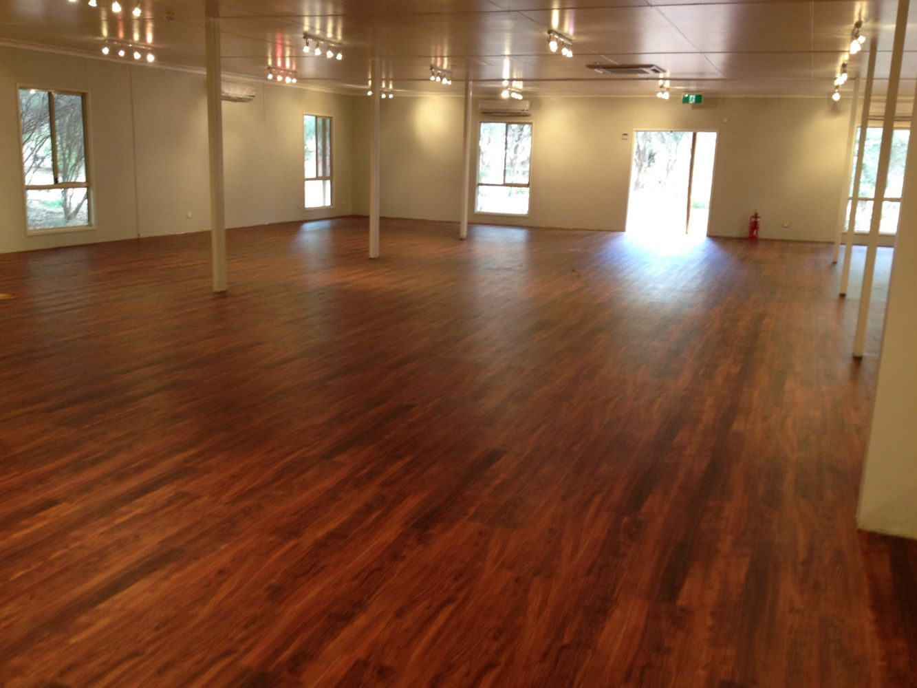 floor coverings commercial flooring supply u0026 installation specialists - over 47 years  experience MNRNYOR