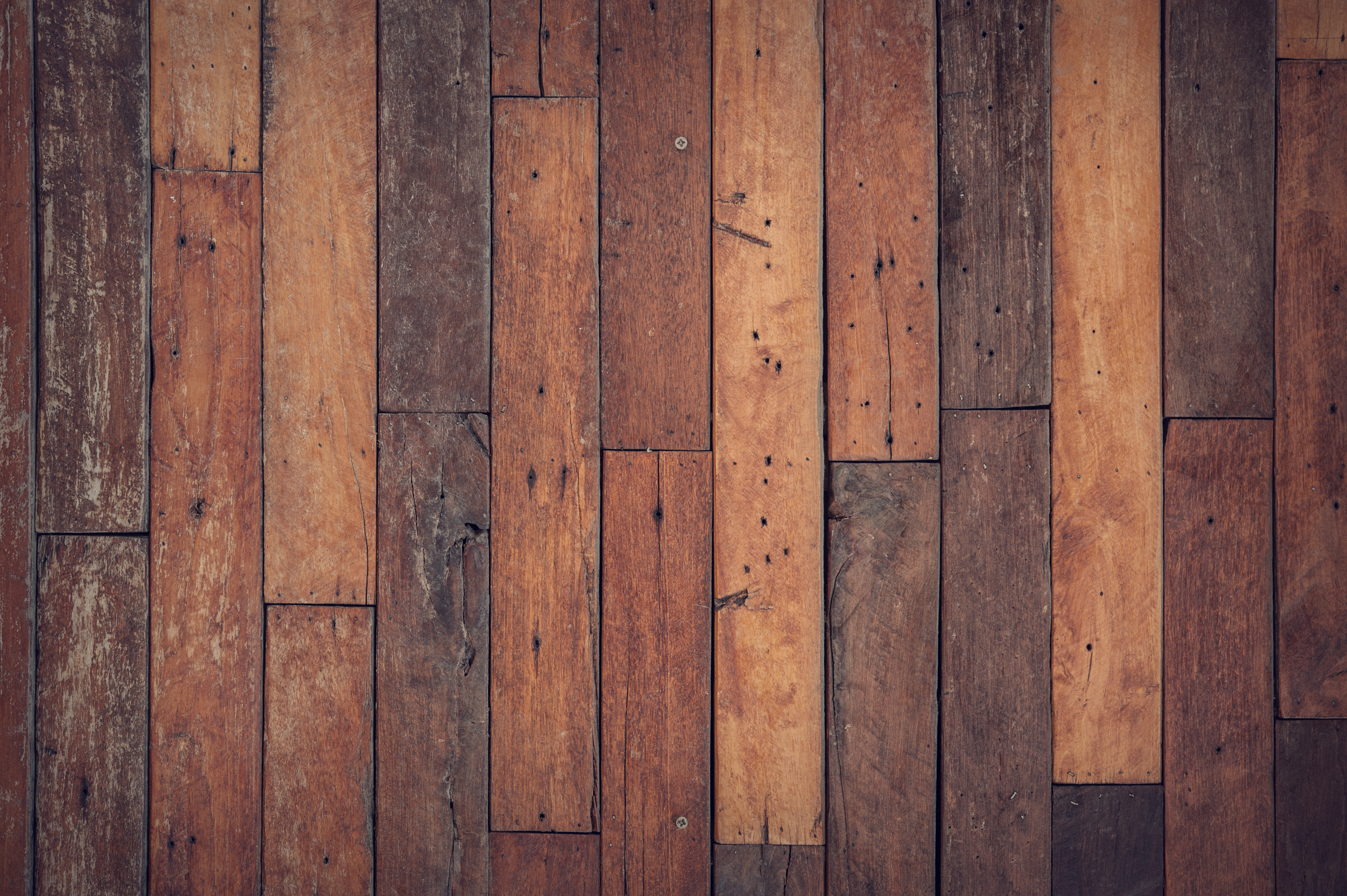 How to make your floor lasting longer using wood floor finishes