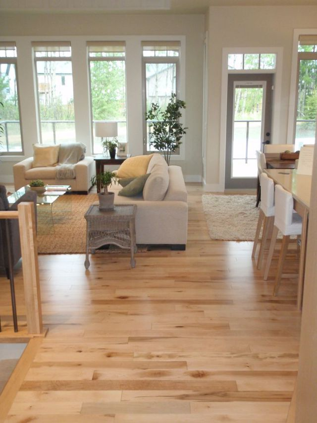 Installing hardwood floors in the house