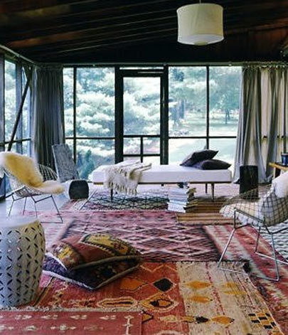 modern persian rugs persian rugs are beautiful and luxurious but decorating with them can be NNUOZIL