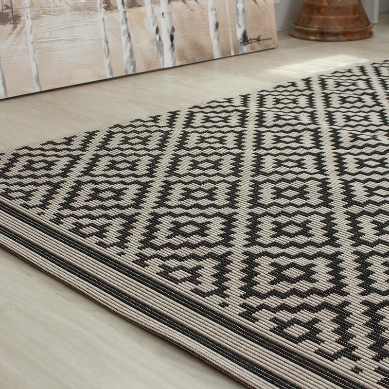 Outdoor rug ideal for conservatories, kitchens and dining areas patio is a flat weave BHLJSIZ