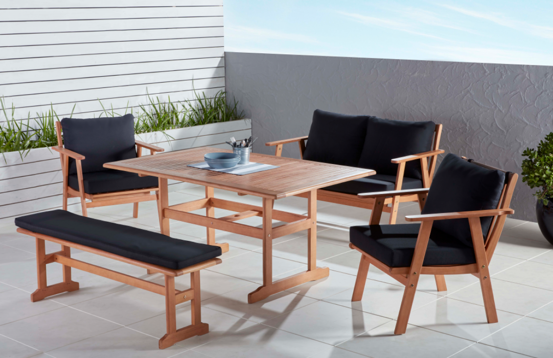 Outdoor Settings Reflect Your Lifestyle and Taste