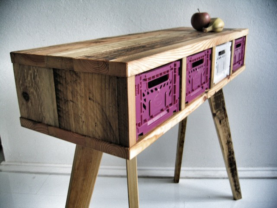How to get the right reclaimed wood furniture?