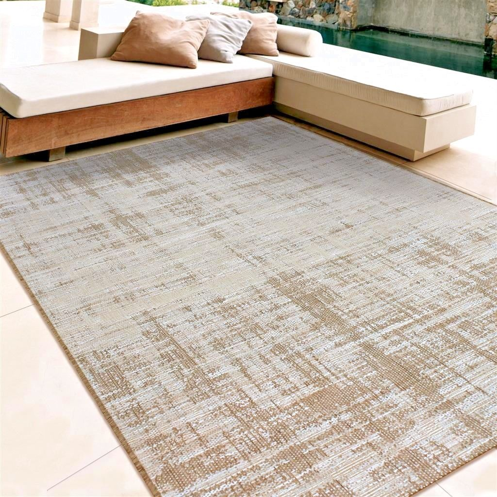 Make your outdoors more lively and decorative using outdoor carpet