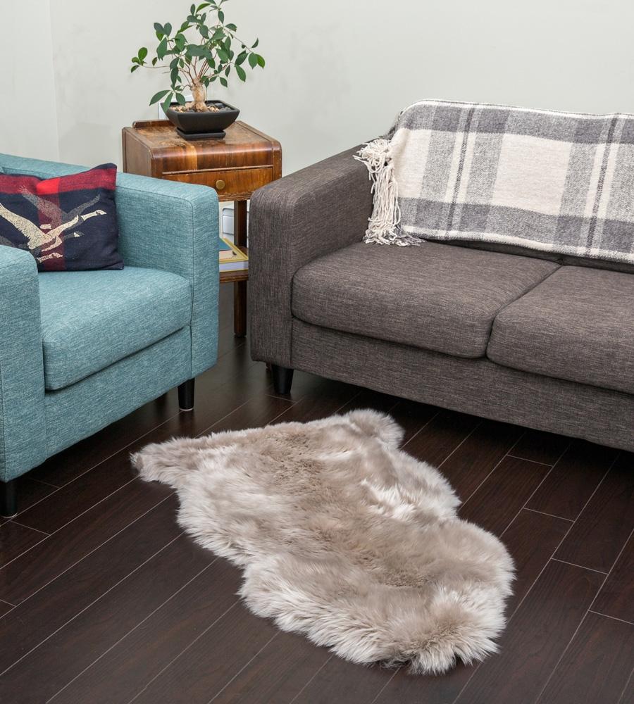 Sheepkin rugs alternative views: YTSCNNB