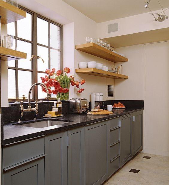 Small Kitchen Design small classic kitchen ZZUWLIL