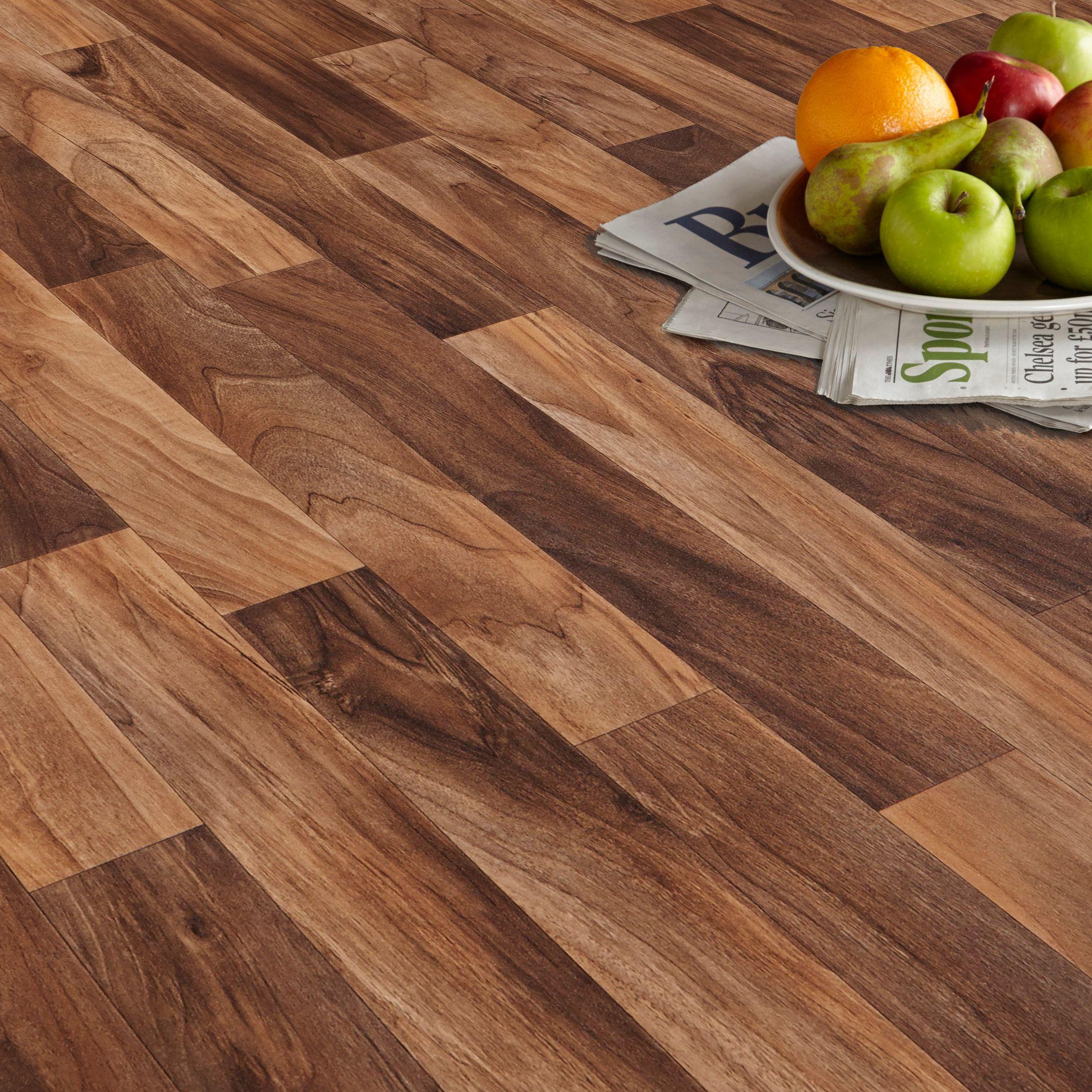 vinyl floor tiles arezzo walnut effect matt vinyl flooring 6 m² | departments | diy at YCKWZCD