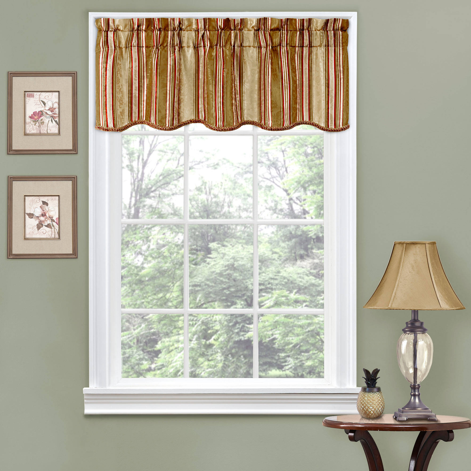 Window valances for treating Windows perfectly
