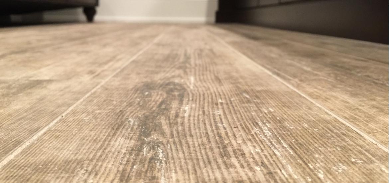 wood tile flooring tile that looks like wood vs hardwood flooring ULSVGTX