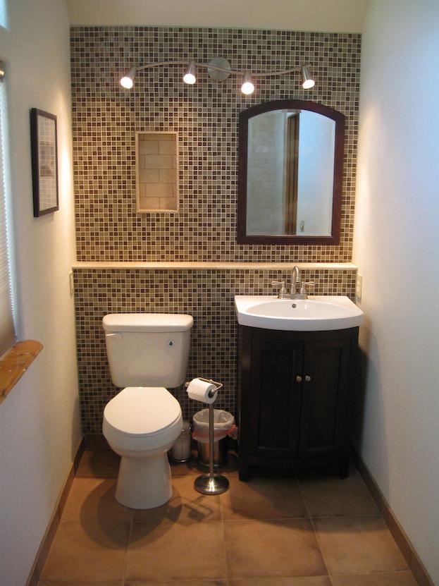 bathroom paint colors for small bathrooms bathroom accent wall EAANCVP