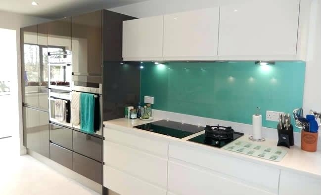 black and white kitchens with a splash of colour black and GUPPFOX