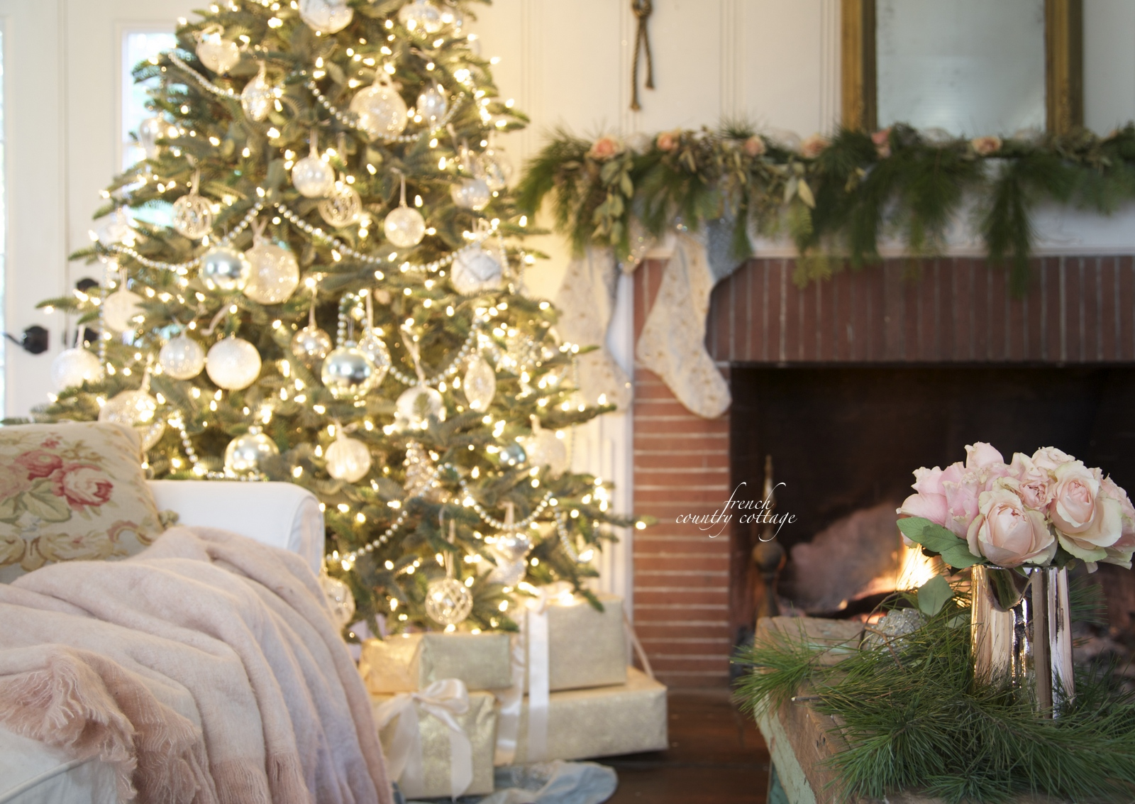 french country cottage decorating ideas french country cottage christmas home holiday decorating UQWDNAU