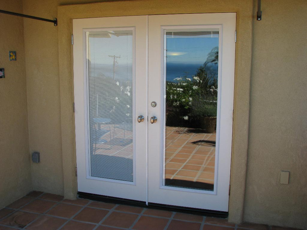 french doors with blinds between the glass patio doors with built in blinds prices XQHYNLU