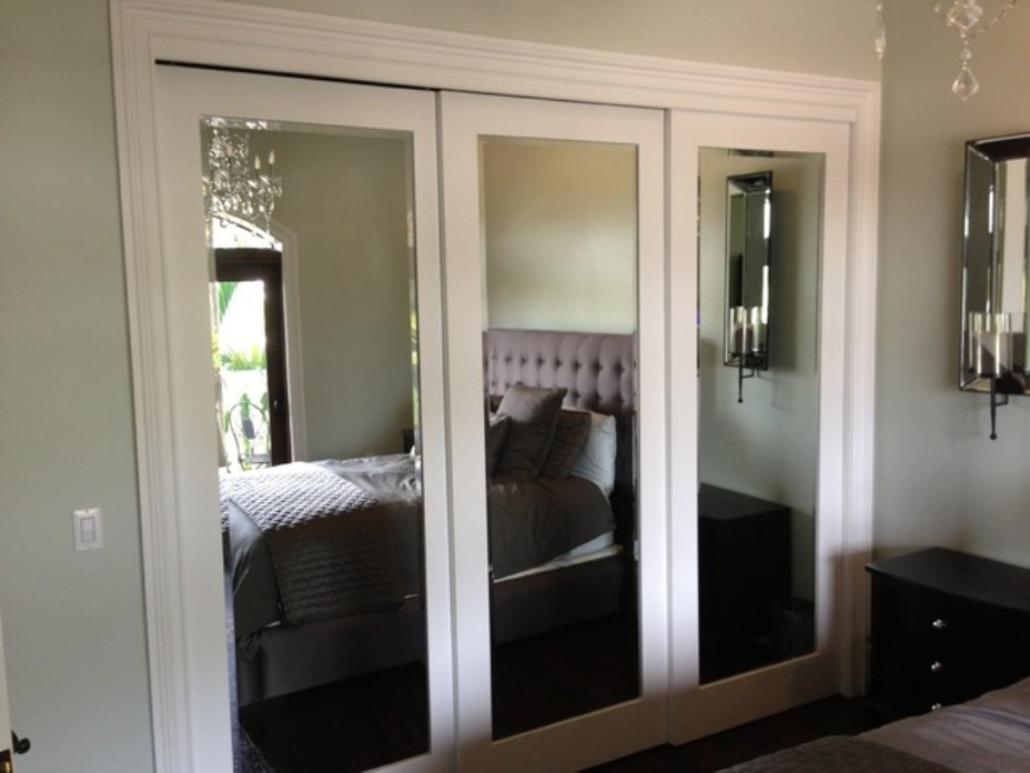 image of: ideas sliding mirror closet doors for bedrooms ZEWGHUL