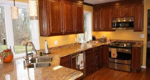 kitchen color schemes with cherry cabinets kitchen wall colors with wood cabinets WYHXKIQ