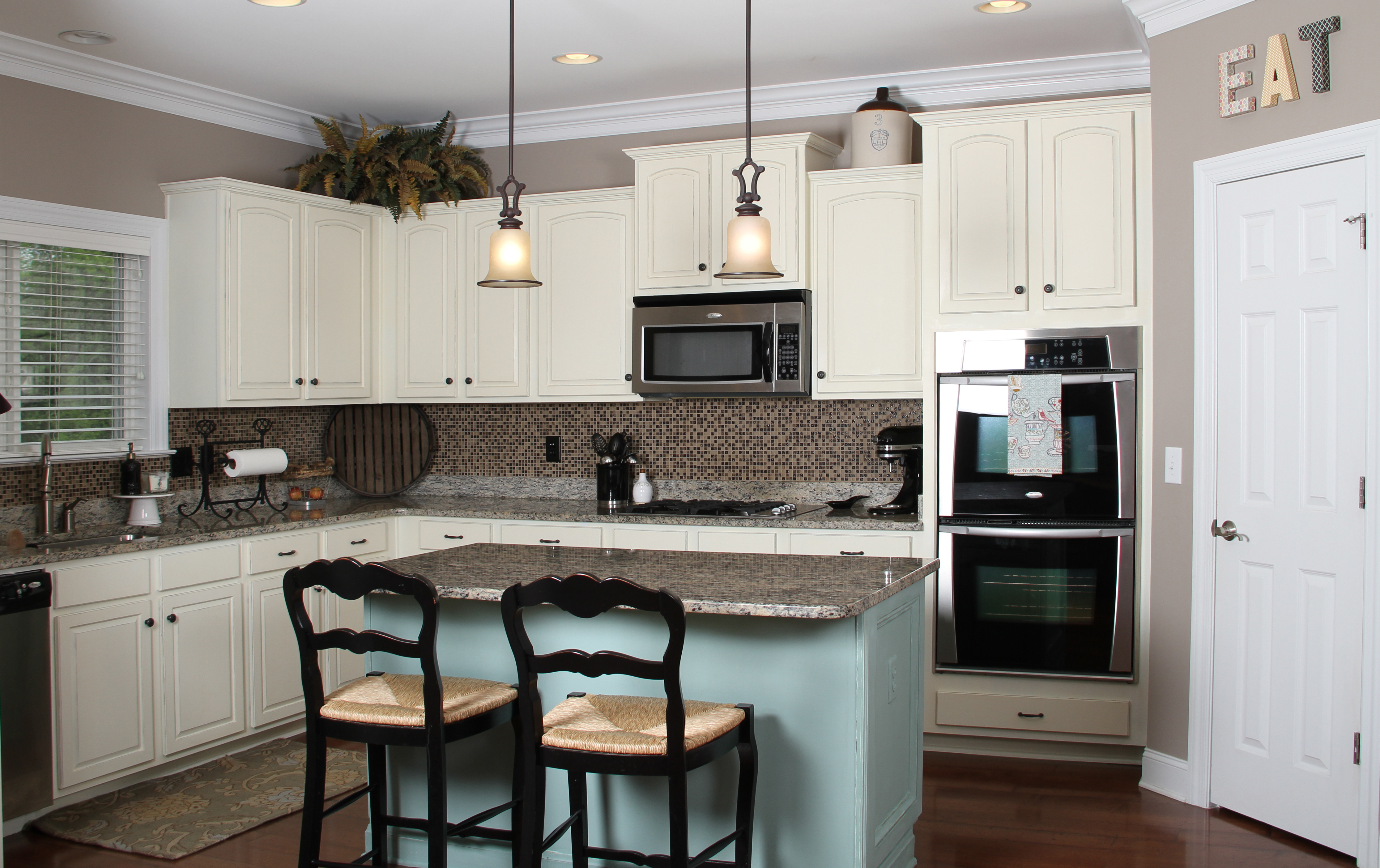 kitchen paint colors with white cabinets kitchen white cabinets simple inspiration paint color ideas 1 VEKSUFD