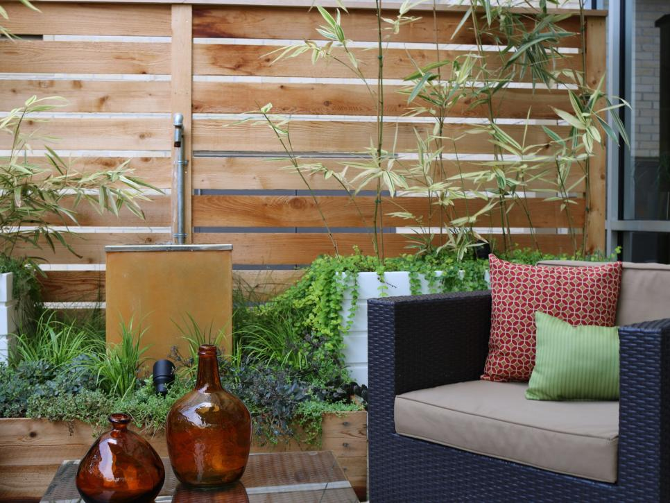 outdoor design ideas for small outdoor space 25 budget ideas for small outdoor spaces | hgtv KRXCHDE
