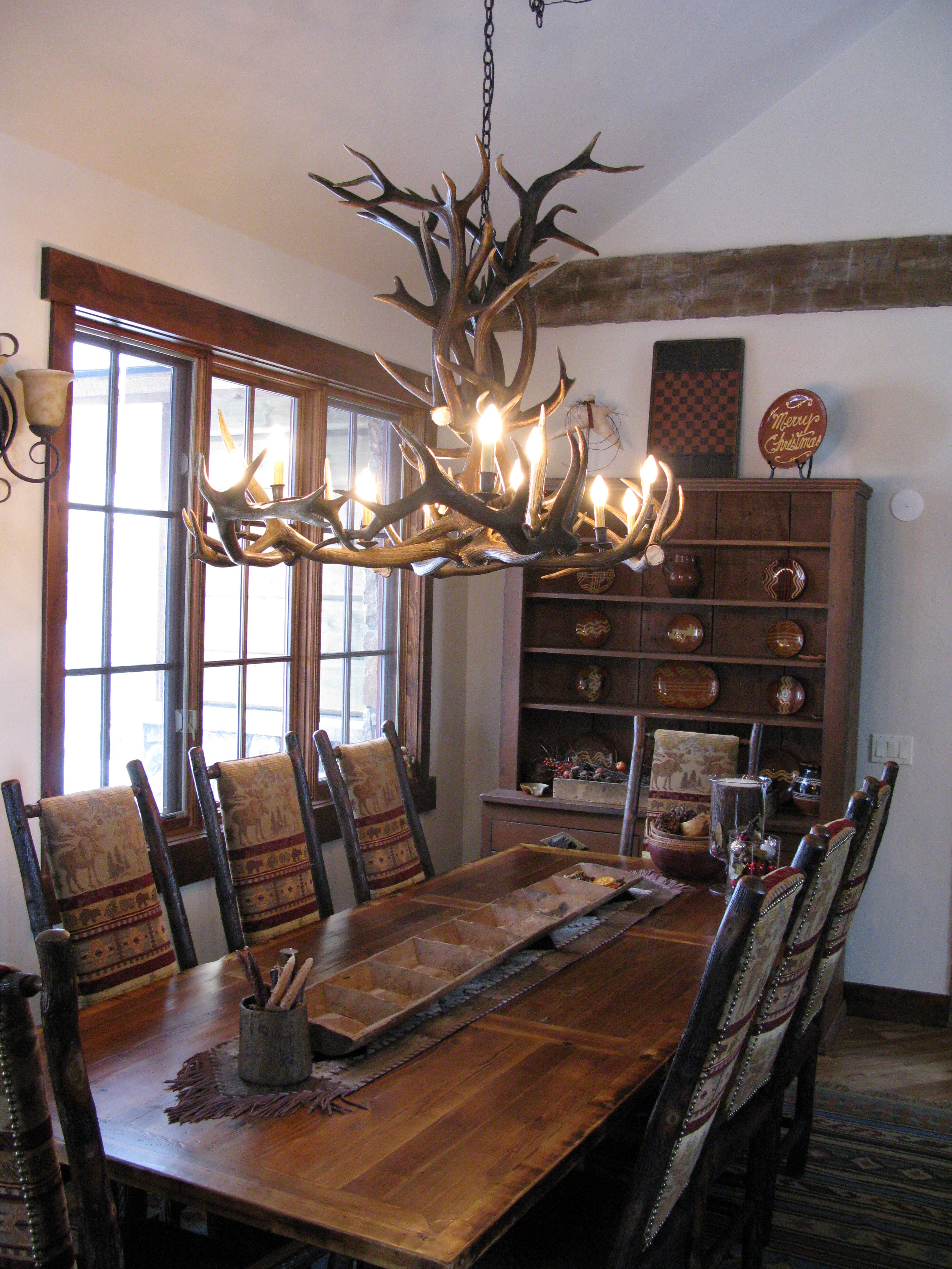 rustic centerpieces for dining room tables tables shab chic dining room table rustic tables rustic dining OTMVHNT