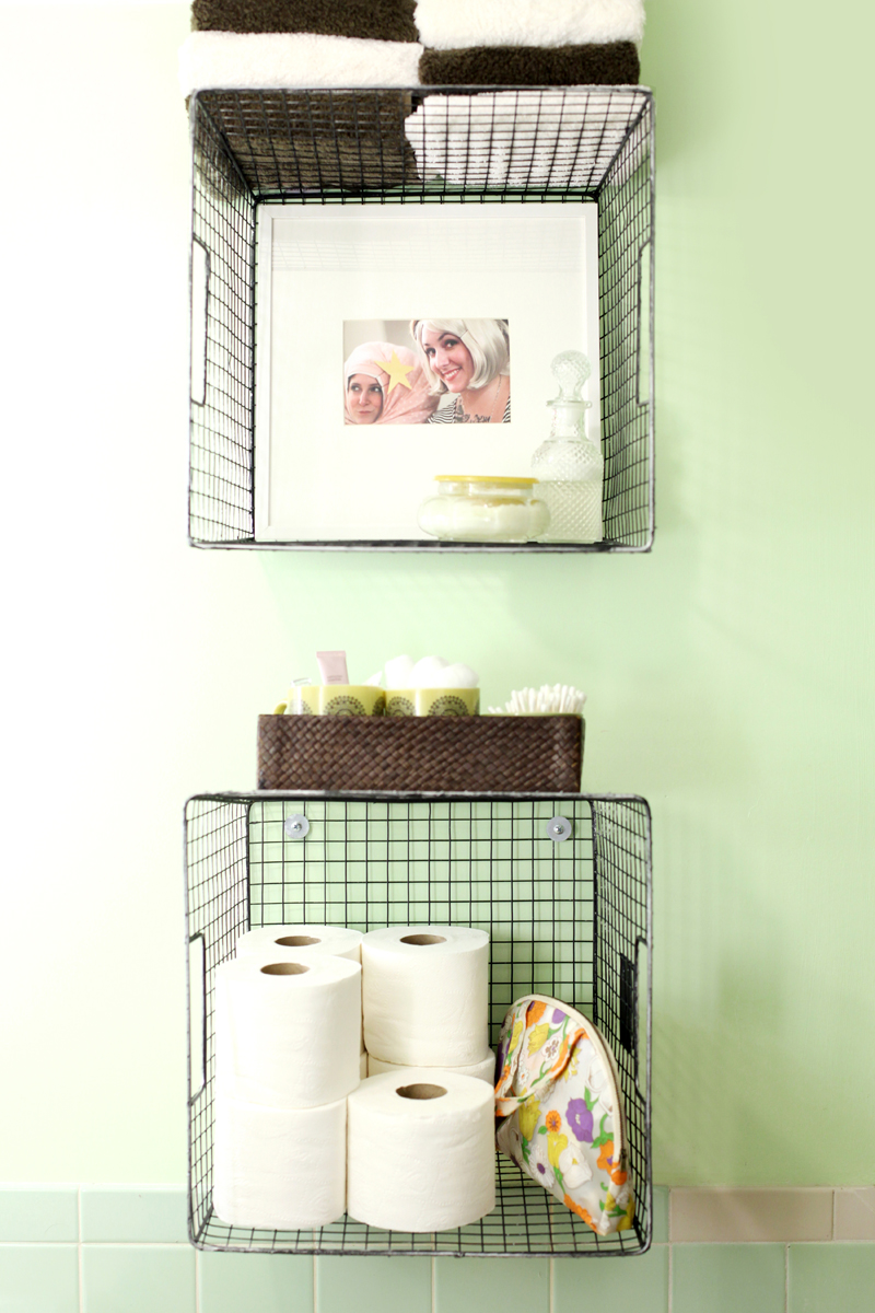 wall hanging baskets for bathroom storage hanging wire baskets for vertical storage is such a cute WTSUKKK