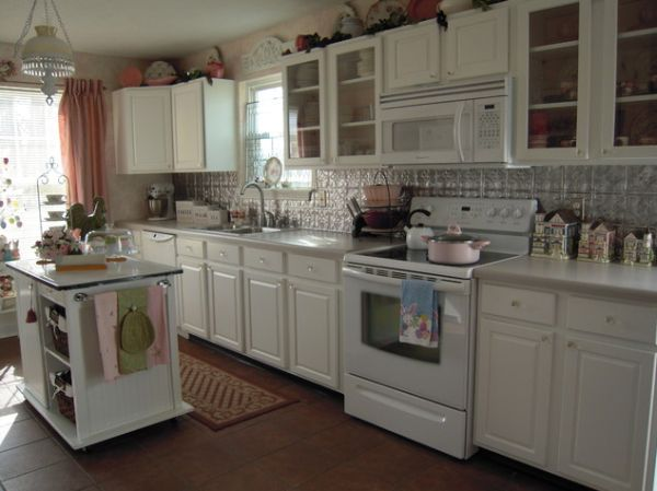White Kitchen Cabinets With White Appliances: Food for Thought