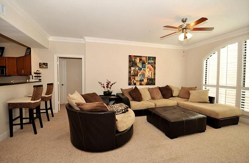 Brown, tan, and black living room! | Home Design Ideas | Pinterest