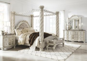 Canopy Bedroom Sets Offer Exclusive   Comfort