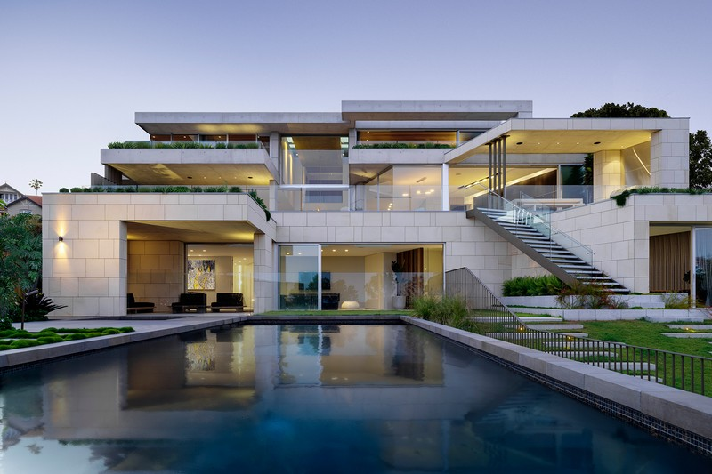 Contemporary Architecture Project with Stunning Sydney View by SAOTA