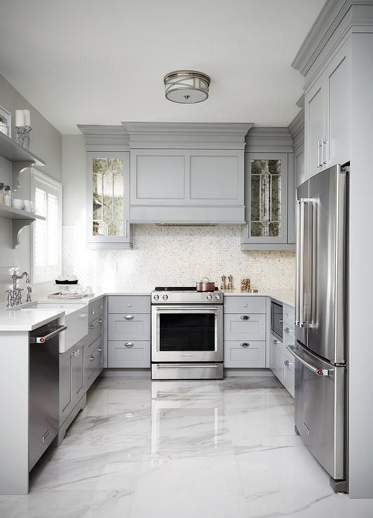Kitchen Flooring Ideas. Wooden? Tiled? Resin? Vinyl? Get some style