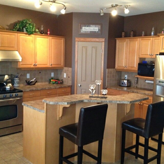 wall color if we have to have brown cabinets? | Kitchen Ideas Levi