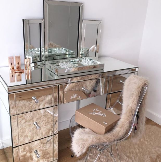 What are your thoughts on mirrored furniture