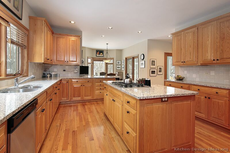 Traditional Light Wood Kitchen Cabinets #91 (Kitchen-Design-Ideas