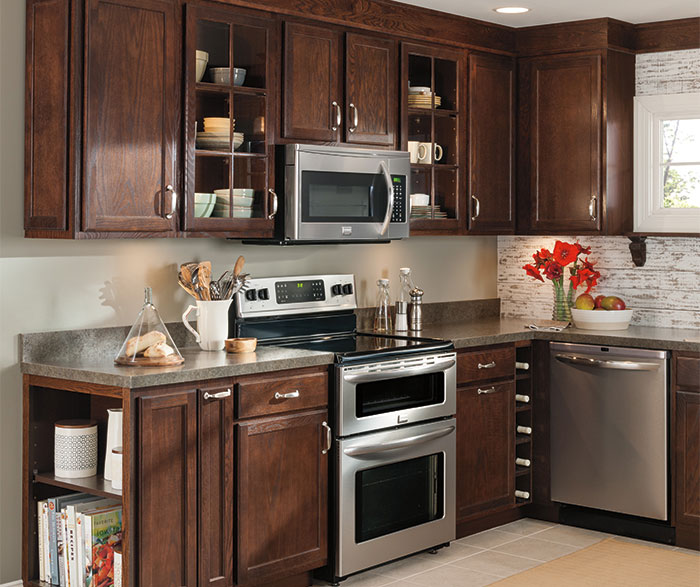 Oak Kitchen Cabinets - Aristokraft Cabinetry